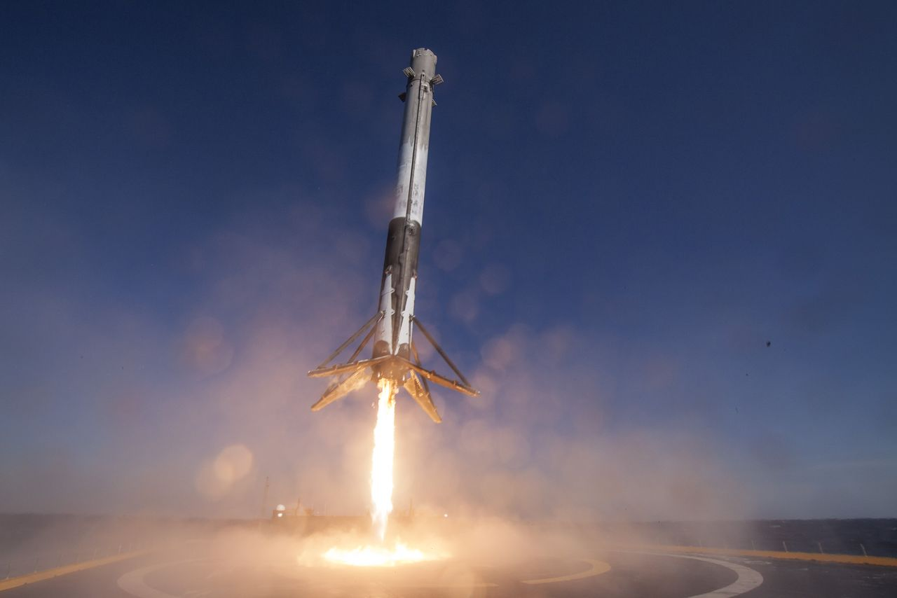 SpaceX Gears up To Recommence Falcon 9's Take off on 8th January