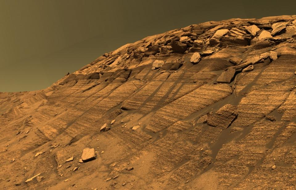 NASA's Curiosity Rover Highlights about Infeasibilities of Water in Ancient Mars