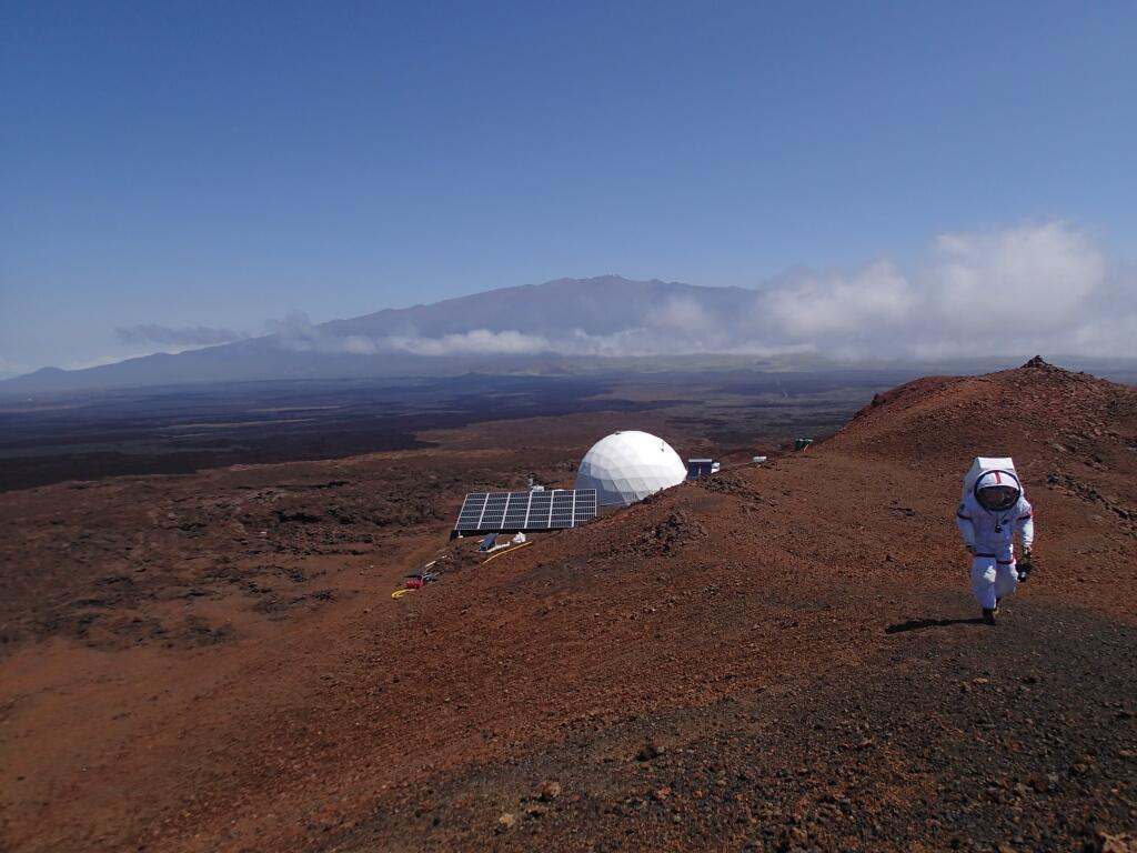 Six Scientists Enter Hawaii for Practicing Simulated Mars Living for Eight Months