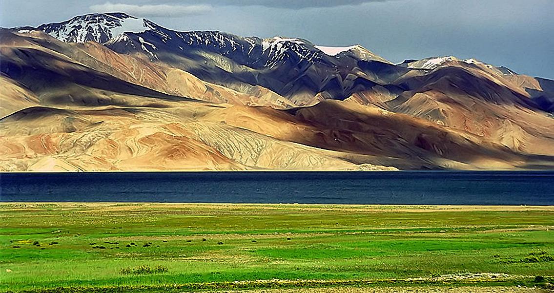 Inhabit of Humans on High-Altitude Tibetan Plateau