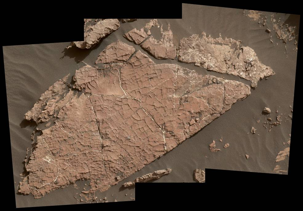mud crack on mars