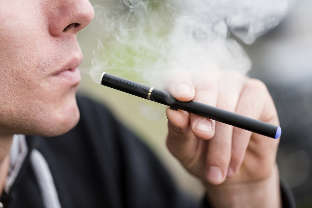 E-cigarettes attracts more youth towards tobacco consumption