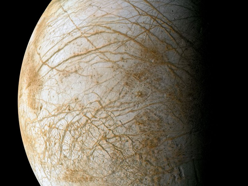 NASA to Pierce into Europa's Icy Crust for Chasing Submerged Alien Life by 2020