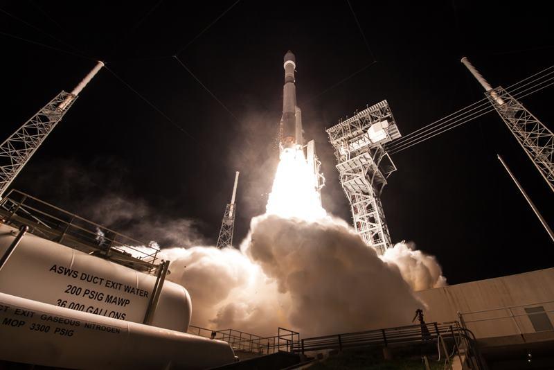 Atlas V NROL 52