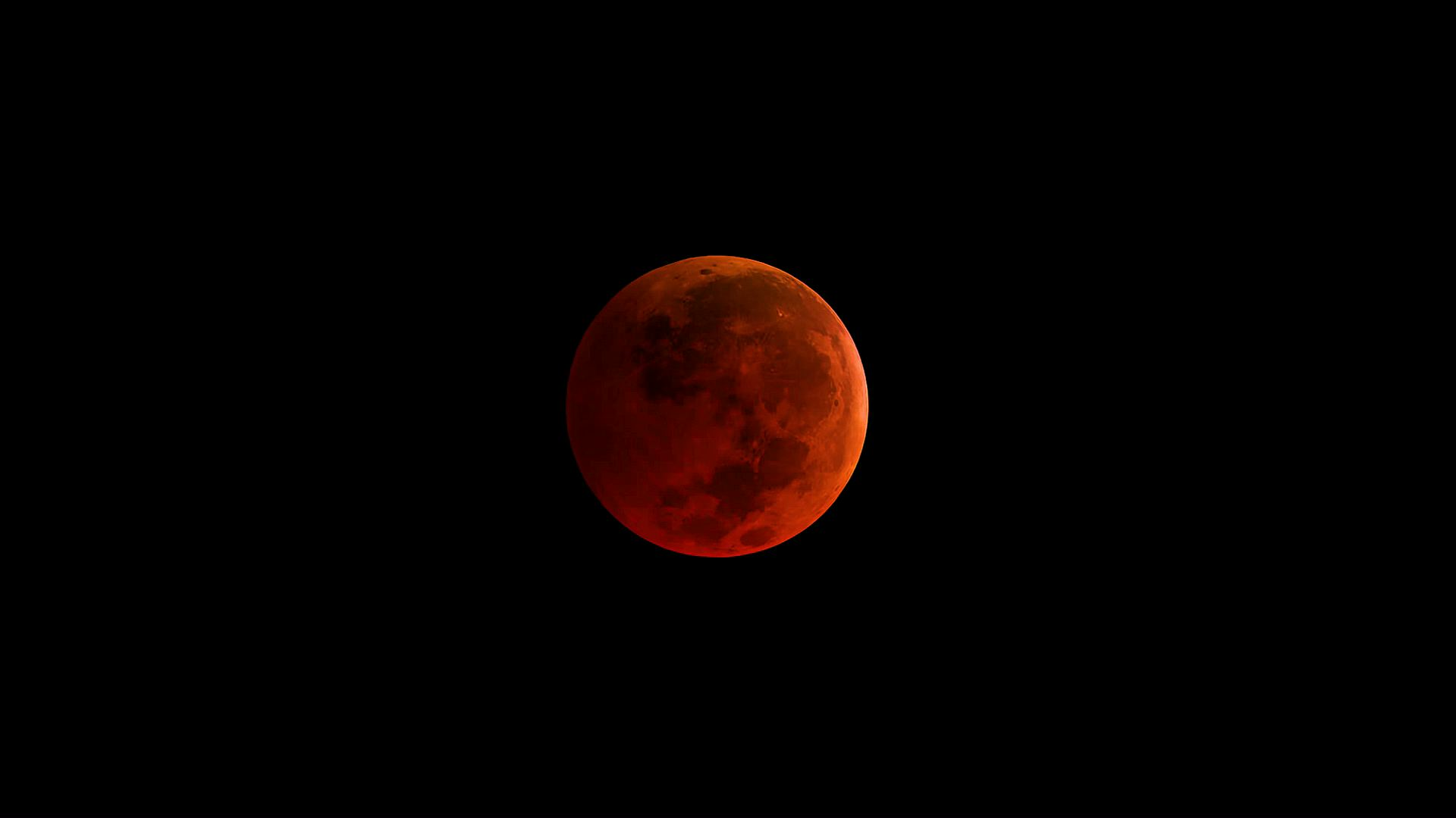 Total lunar eclipse, blue moon, supermoon all at the same time