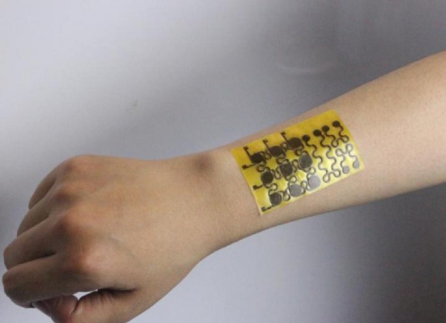 Breakthrough: Scientists make recyclable and self healing e-skin with human like properties