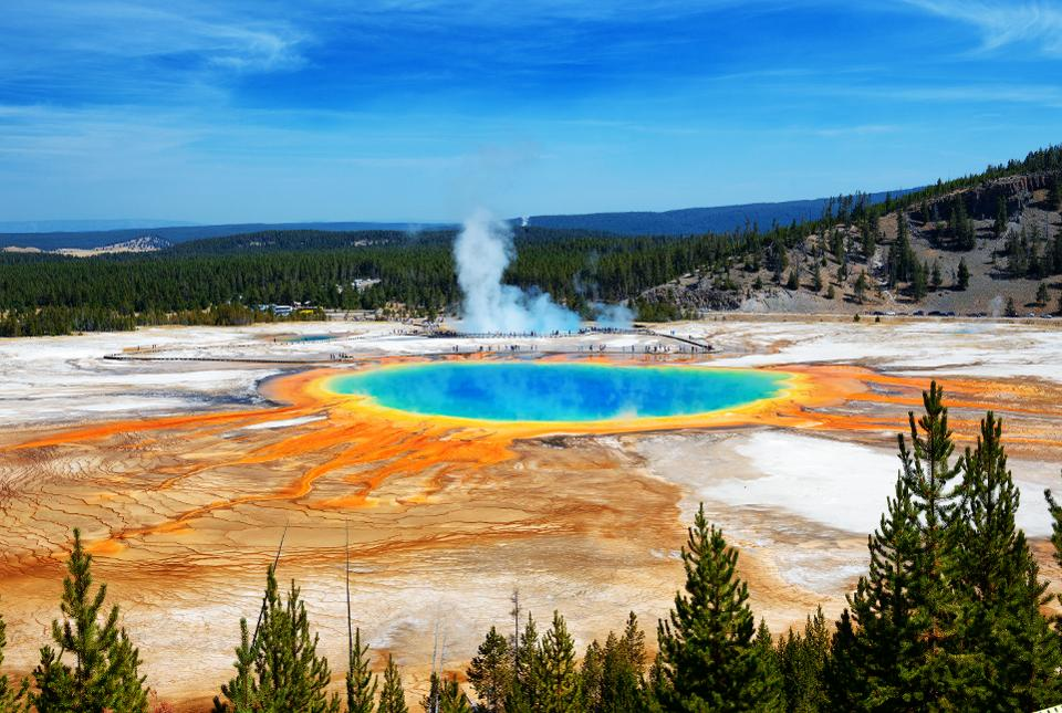 Researchers investigate Yellow National Park to follow Earth's evolutionary life